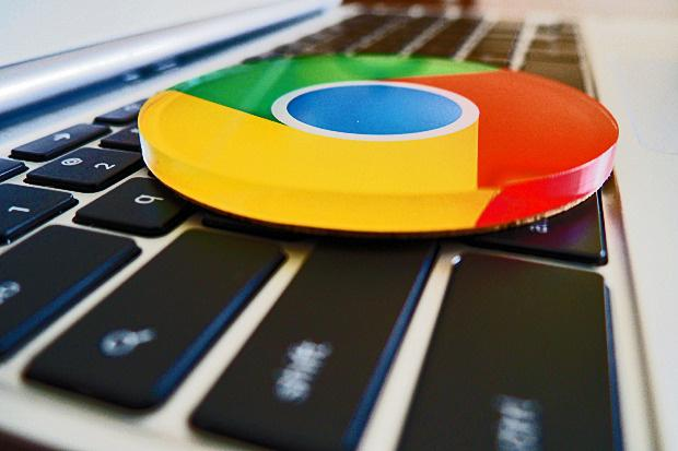 Chrome OS is smart when it comes to saving files