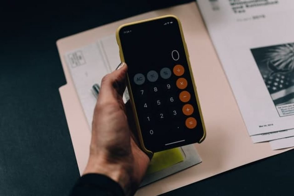A calculator to explain to work out your budget for your next Chromebook