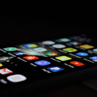 What display to look for when buying an Android phone